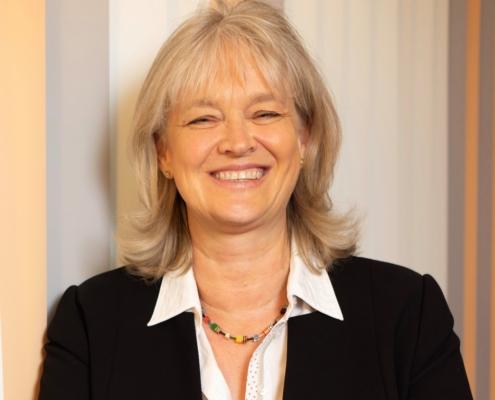 Claudia Maurer