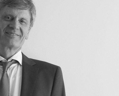 Dr. Martin Giersiepen