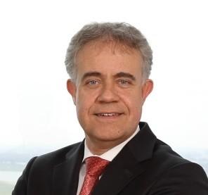 Dr. Ralf Holz