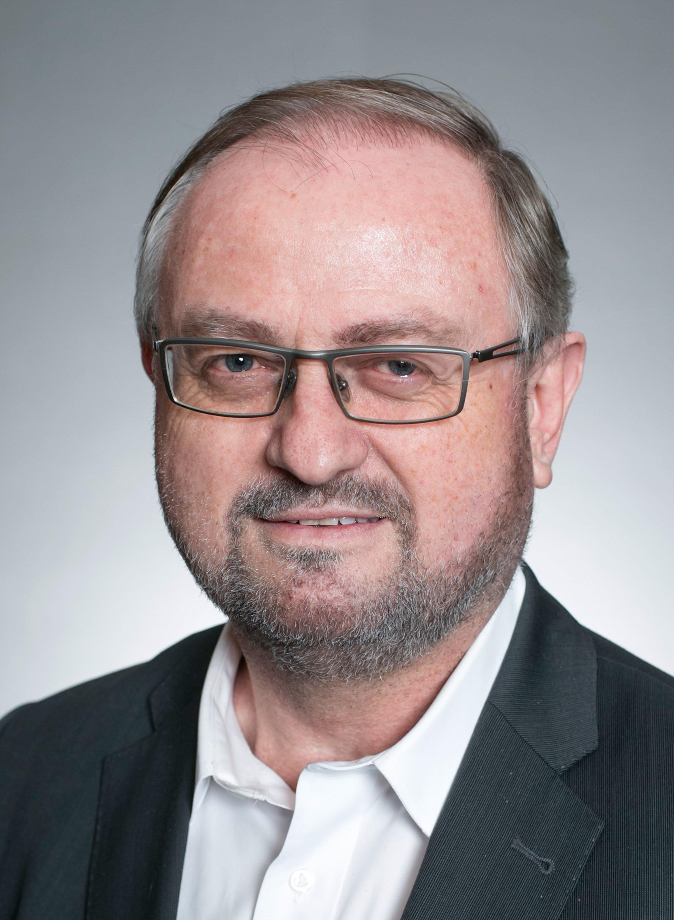 Bild – <b>Herbert Baumann</b> Vorstand der DDIM (JPEG-Datei / 2,31 MB) - Herbert-Baumann
